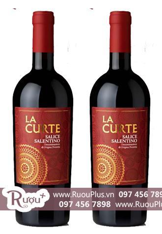 Rượu vang La Curte nhãn đỏ Salice Salentino Cao cấp